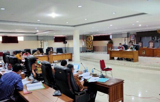 Pansus Raperda Pengelolaan Keuangan Daerah Rapat dengan TAPD